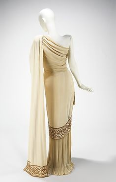 1944 (spring/summer) ___ Evening Dress by Mme. Eta Hentz ___ synthetic & beads ___ American ___ at The Metropolitan Museum of Art ___ photo 2 (back)