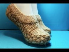Вязание спицами домашние тапочки #183 - YouTube