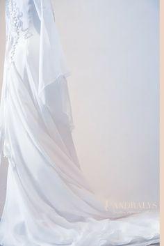 Robes de mariée Provence-Alpes-Côte d'Azur, Rhône-Alpes, Languedoc Roussillon: Robe de mariée elfique Gwenaëlle