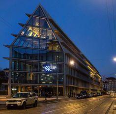 Siete già stati a vedere la Fondazione Feltrinelli? Foto di Franco Brandazzi #milanodavedere Milano da Vedere