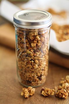 Gluten free (and Paleo!) Granola. Plus how to make ginormous granola clusters