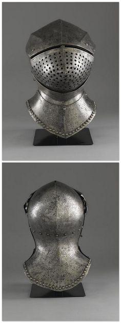 Grand bacinet - 15th Century. Italie. | Photo (C) Paris - Musée de l'Armée, Dist. RMN-Grand Palais / Pascal Segrette