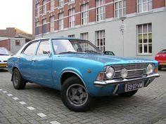 33-07-VM Ford Cortina 2000 XL