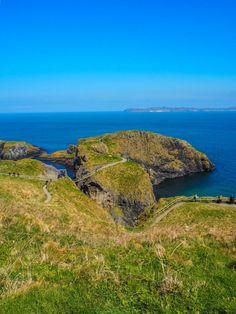 Causeway Coastal Route: un splendide road-trip en Irlande du Nord Road Trip, Emerald Isle, Ireland, Coastal, Photos, Places, Water, Outdoor, Paisajes