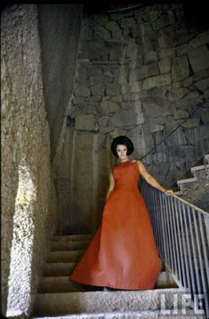Στο παλάτσο της Σοφία Λόρεν | RETRONAUT | Lightbox | LiFO