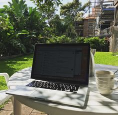 In my latest series of where I work I present my office at #bondibeach #australia #business