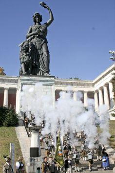 Geschichte: 200 Jahre Oktoberfest. Weitere Infos bei muenchen.de