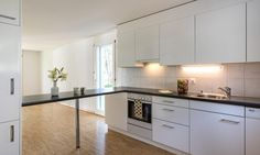 Helle 3.5 Zimmer Wohnung in Einsiedeln zu vermieten.