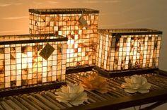 Luminárias feitas de coador de café reciclado. Ecológicas e totalmente Terra. - www.alinemendes.com.br Coffee Filter Art, Coffee Filters, Recycled Crafts, Feng Shui, Home Crafts, Repurposed, Stairs, Diy Projects, Home Appliances