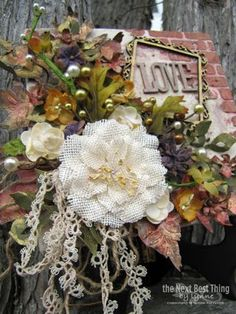 Lovecanvas4  blog 10-21-22014. Another fabulous Lynne Forsythe gorgeous creation.