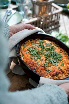 x vegetarische lasagne recepten No Dairy Recipes, Veggie Recipes, Dinner Recipes, Healthy Recipes, Healthy Food, Vegetarian Lasagna Recipe, Vegetarian Cooking, Lasagna Recipes, Quinoa