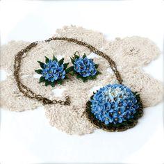 Blue crochet set unusual set micro crochet flower por LozArts