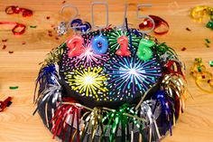 Fireworks New Year's Cake Tutorial - Cookies, Cupcakes, and Cardio