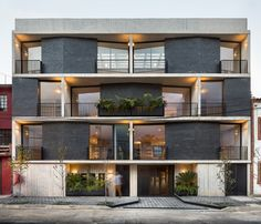 Image 17 of 17 from gallery of Portales Dwelling / Fernanda Canales. Photograph by Fernanda Canales Architecture Design, Residential Architecture, Contemporary Architecture, Contemporary Homes, Chinese Architecture, Architecture Office, Futuristic Architecture, Building Exterior, Building Facade