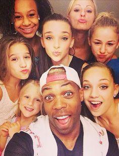 Maddie, Chloe, Kendall, Mackenzie, Nia, Clara Christi with Todrick Hall!
