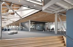 This is Bloomberg's first flagship Tech Hub on the West Coast. The new space, completed in May 2015, is both a workplace for Bloomberg's software engineers a...