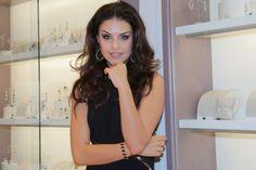 Chic e Fashion: Paloma Bernardi na inauguração da Rommanel