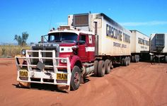 Down Under AU, NZ Train Truck, Road Train, Cool Trucks, Big Trucks, Old Bangers, Western Star Trucks, Freightliner Trucks, White Truck, Heavy Truck