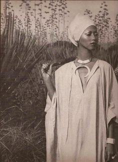 PAT CLEVELAND - BARRY MCKINLEY AFRICA 1974 - CAFTAN