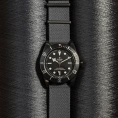 """5,471 mentions J'aime, 44 commentaires - TUDOR Watch OFFICIAL (@tudorwatch) sur Instagram : """"As the year comes to a close, we look to the stars of 2016: The TUDOR Black Bay Dark. #tudorwatch…"""" Tudor Black Bay Dark, Watches, Stars, Instagram Posts, Leather, Accessories, Wristwatches, Clocks, Sterne"""