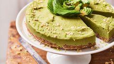 Een frisse maar romige taart uit haar kookboek Powerfood – The Party Edition. Pie Cake, No Bake Cake, Healthy Baking, Healthy Recipes, I Love Food, Soul Food, Foodies, Yummy Food, Snacks