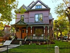 Homes On Pinterest Victorian Houses Queen Anne Houses And Victorian