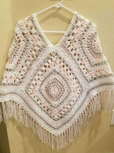 Crochet poncho 400679698101110107 - New crochet shawl granny square poncho patterns ideas Source by katiwa Crochet Poncho Patterns, Crochet Cardigan, Crochet Shawl, Crochet Stitches, Knit Crochet, Granny Square Poncho, Granny Squares, Poncho Shawl, Crochet Granny