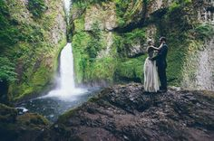 yeah, more people need to do this, and then hire me as their photographer. Waterfall Elopement in the Rainforest: Jessi + Cody