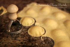 Step-by-Step Homemade Cheese Ravioli - DOUGH: Dough: cup all-purpose flour 2 eggs Filling: Homemade Ravioli Dough, Homemade Cheese, Homemade Pasta, Ravioli Dough Recipe, Homemade Breads, Italian Dishes, Italian Recipes, Pasta Recipes, Al Dente