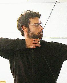 Aidan behind the scenes.......I'm finding this strangely attractive... click it click it click it!