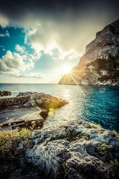 Island of Capri, Italy. Have you ever seen a more gorgeous shoreline?
