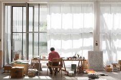 Studio benoît van innis frederik vercruysse photographer lavoro d' Dream Studio, Home Studio, Studio Spaces, Workspace Inspiration, Interior Inspiration, Inspiration Boards, Interior Architecture, Interior And Exterior, Atelier Loft