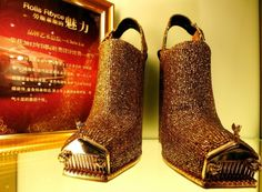 Designer creates diamond-encrusted gold shoes he claims are inspired by the Rolls-Royce Phantom. Rolls Royce Models, Gold Boots, Gold High Heels, Designer High Heels, Ugly Shoes, Rolls Royce Phantom, Hood Ornaments, Famous Models, Kinds Of Shoes