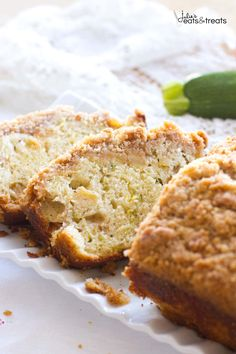 Crumb Apple Zucchini Bread ~ Easy, Quick Bread Recipe Filled with Fresh Grated Zucchini and Sweet Apples then Topped with a Delicious Cinnamon Brown Sugar Crumb Topping! ~ https://www.julieseatsandtreats.com