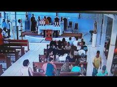 InfoNavWeb                       Informação, Notícias,Videos, Diversão, Games e Tecnologia.  : Vídeo mostra arrastão em igreja durante missa em A...