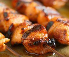 Recette de brochettes de poulet à l'érable et sriracha (Sur le BBQ!)