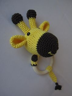 diy Baby Rassel Beißring Giraffe häkeln #crochet #rattle #giraffe