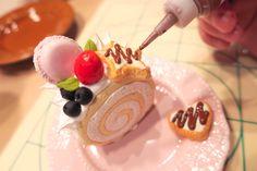 【写真で解説】リアルより可愛いロールケーキ!【スイーツデコレーション】 | タミヤ プラモデル ファクトリー トレッサ横浜店 公式ページ