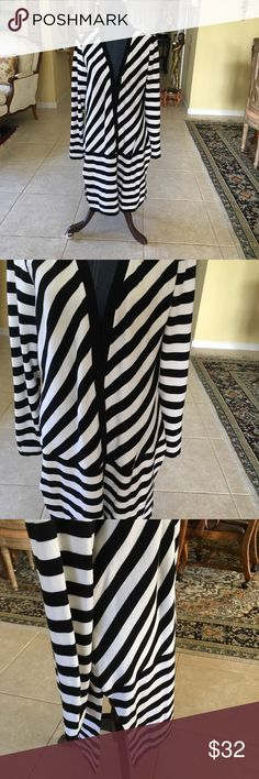 476d0e7f56c Chico s Black White Duster Jacket Slit Seems Great diagonal black white  jacket long length with long