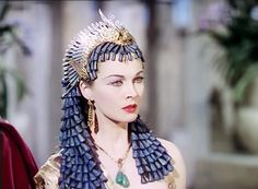 Vivien Leigh as Cleopatra in Caesar and Cleopatra (1945) ~Beguiling Images~