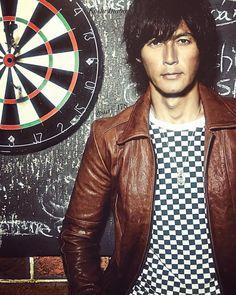 Red Leather, Leather Jacket, Elegant Man, Jackets, Instagram, Fashion, Studded Leather Jacket, Down Jackets, Moda