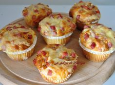 Muffins al prosciutto e formaggio Tasty, Yummy Food, Cheesecake, Antipasto, Finger Foods, Food To Make, Easy Meals, Food And Drink, Cooking
