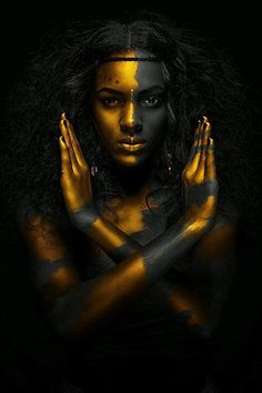 Black and Gold African Nude Woman Indian Oil Painting on Canvas Posters and Prints Scandinavian Wall Art Picture for Living Room African Beauty, African Art, Art Africain, Portraits, Black Women Art, Black Is Beautiful, Gorgeous Body, Absolutely Gorgeous, Beautiful Pictures