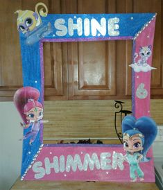 Shimmer  and shine pink and royal blue photo frame for birthday parties #onecraftymommy #framebyerin
