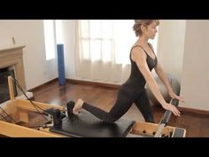 How to stretch your thighs : Pilates Exercises 1