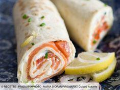 Wrap au saumon notre recette facile et rapide de Wrap au thon sur… Salmon Wrap Discover our quick and easy tuna wrap recipe on Cuisine Actuelle! Find the preparation steps, tips and advice for a successful dish. Salmon Wrap, Tuna Wrap, Wrap Recipes, Quick Recipes, Cooking Recipes, Clean Eating Snacks, Healthy Snacks, Healthy Recipes, Healthy Wraps