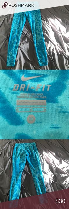 Bright blue Nike skinny work out pants medium Bright blue Nike skinny work out pants medium. Clean smoke free home. Please make an reasonable offer. Nike Pants Leggings