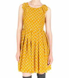 Field Of Daisy Dress Daisy Dress, Stripes, Summer Dresses, My Style, Pattern, Printed Dresses, Clothes, Marigold, Fruit