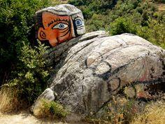 Gita in Barbagia: nel Supramonte Orgosolo e i murales | Ondetour: http://www.ondetour.net/gita-in-barbagia-nel-supramonte-orgosolo-e-i-murales