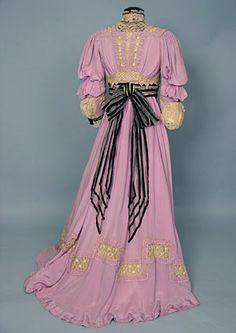 Tea dress, 1905
